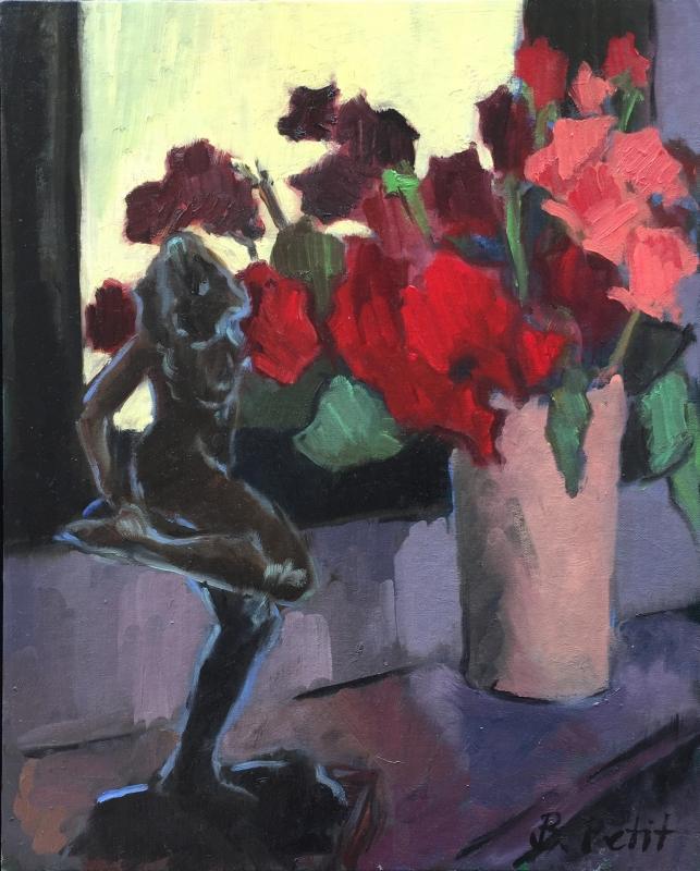 Fleurs et statuette à la cheminée 1920 72 dpi